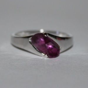 Sterling silver and hot pink stone ring